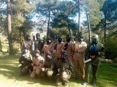 Team building con paintball en Valle del Jerte 2h
