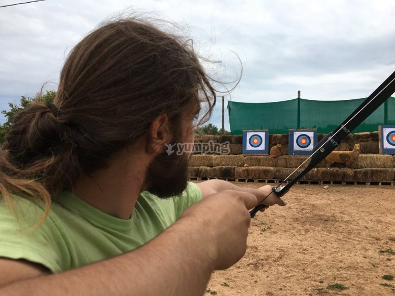Disparando flechas en Barcelona