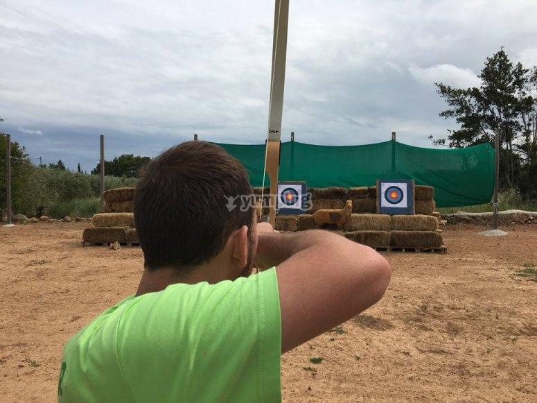 Hacer tiro con arco en Tarragona