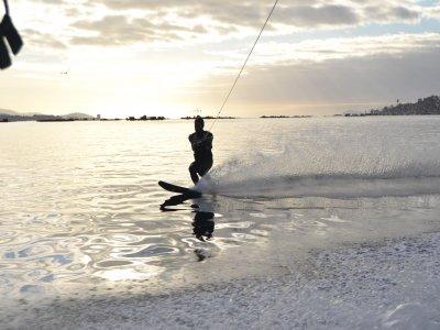 Moaña5场比赛的滑水课程