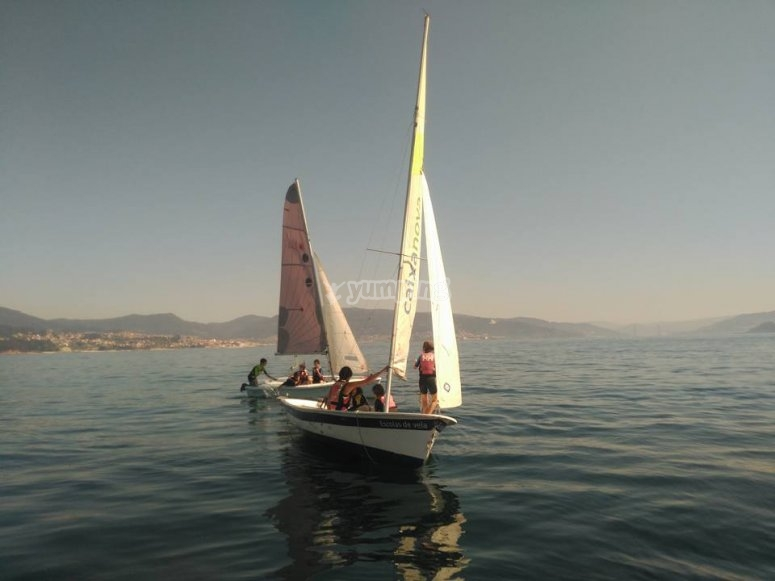 Sailboat course in Moaña