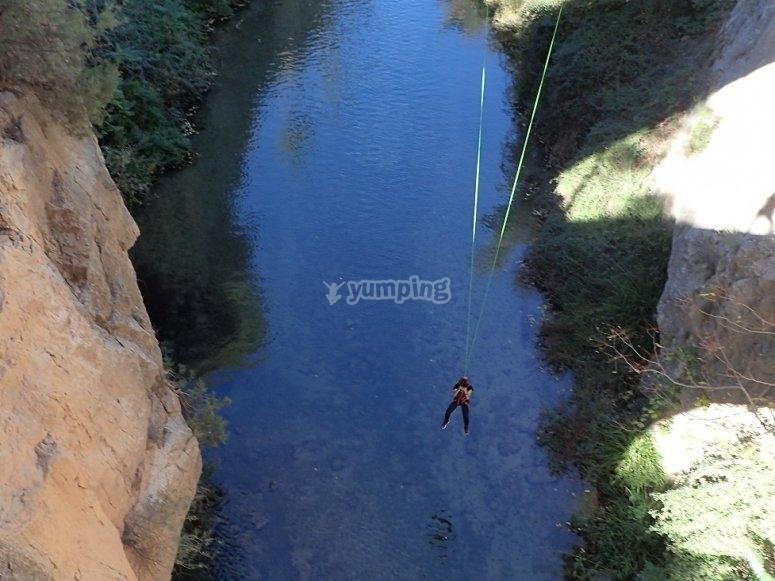 Bungee Jjumping in Turia River