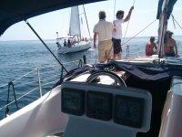 Siguiendo al primer barco