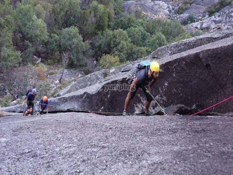 Vía de escalada