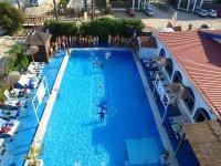 Juegos acuáticos campamento multiaventura