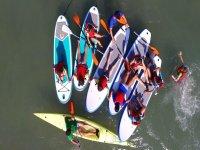 练习桨板冲浪水营