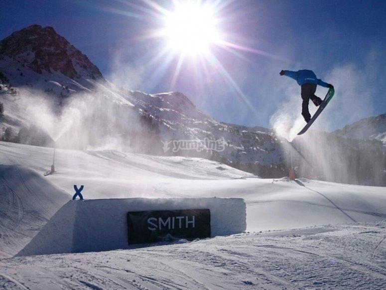 Acrobacia con snowboard