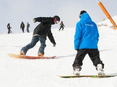 Clase en grupo de snowboard Grandvalira 12 horas