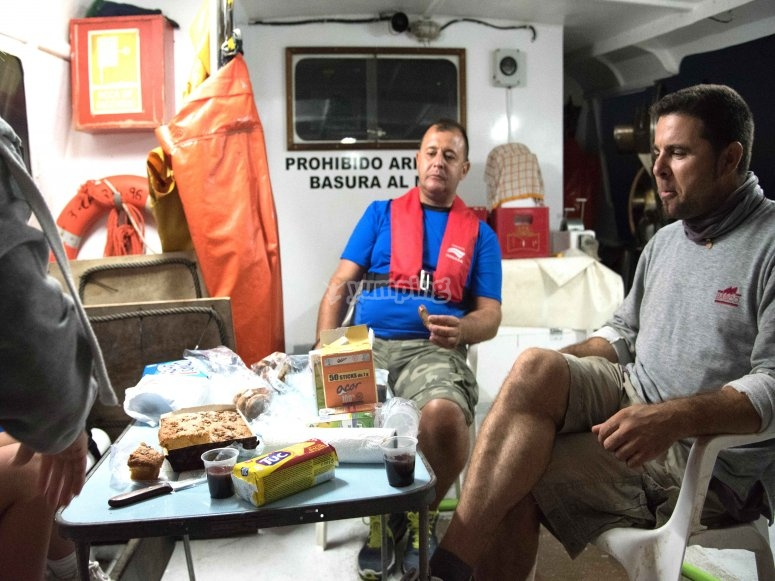 A bordo della nostra barca da pesca
