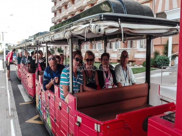 A bordo del tren turístico