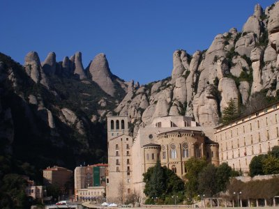 Excursión por Montserrat desde Barcelona 5h grupos