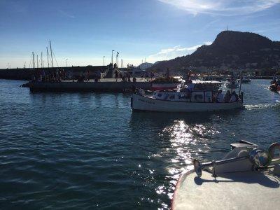 乘船游览蒙特格里海岸1小时45分钟