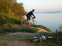 MTB with the sea