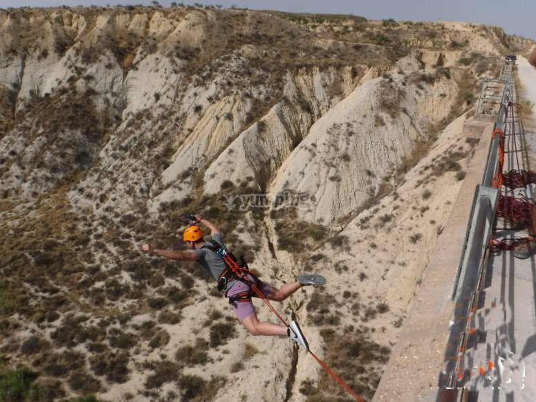 Two bungee jumping jumps in Murfcia