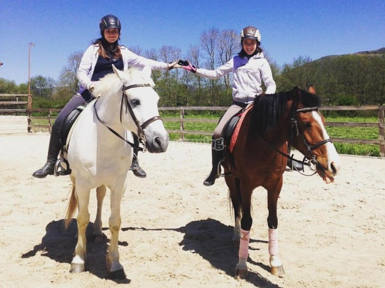 Chicas a caballo