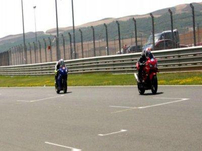 摩托车驾驶课程Samper de Calanda