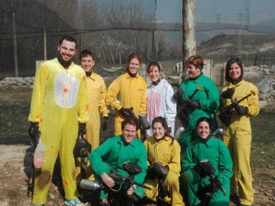 Paintball en Jaca para despedidas con 200 bolas