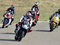 摩托车卡丁车课程为团队建设
