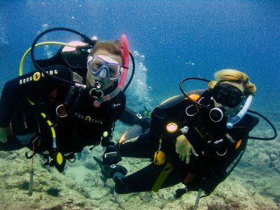 2 diving sessions in Tenerife, titled divers