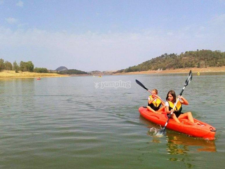 Paleando desde el kayak