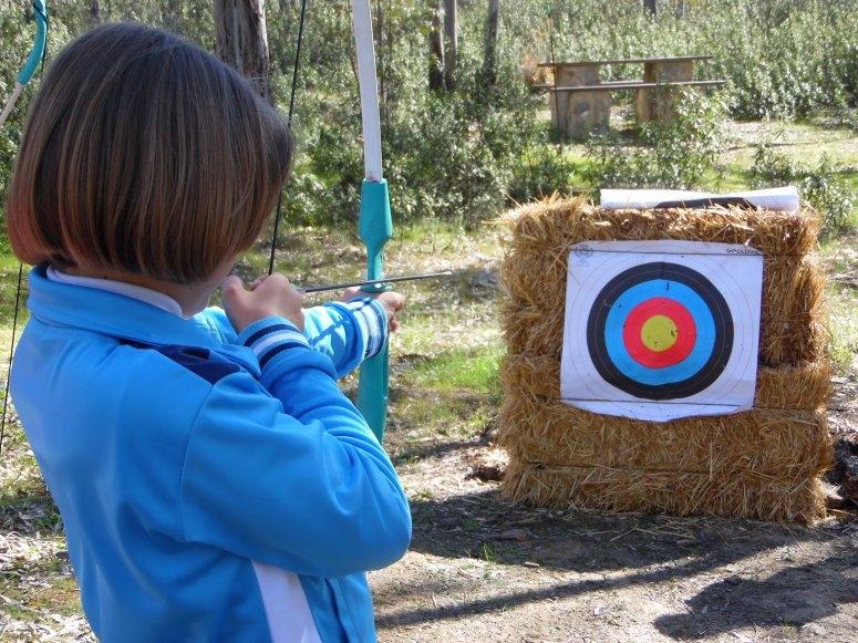 Children's archery in Berlanga