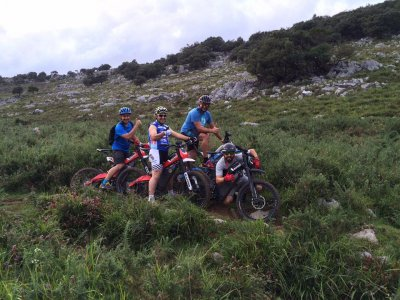 在Pozos de Valcaba的Bultaco Brinco路线2小时30分钟