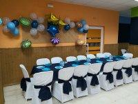 Mesa preparada para la celebración