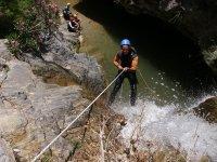 Descendiendo con agua