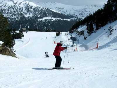 Classes + 5-day Ski Pass Grandvalira, adults