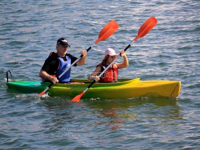 Ruta en kayak en pareja