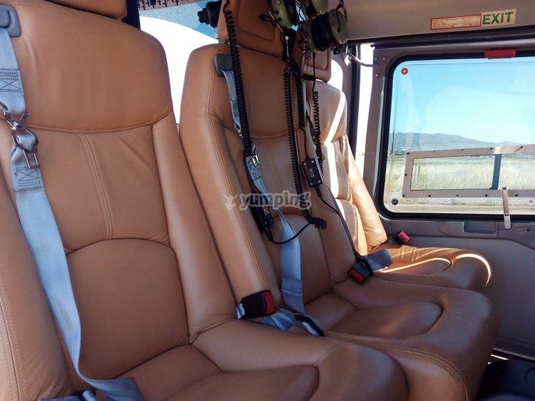 Asientos del helicóptero
