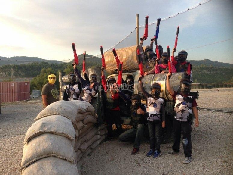 儿童彩弹射击在Castellolí