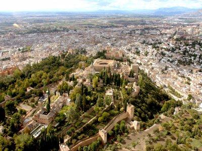 Descubre Granada en helicóptero tour VIP 7 horas