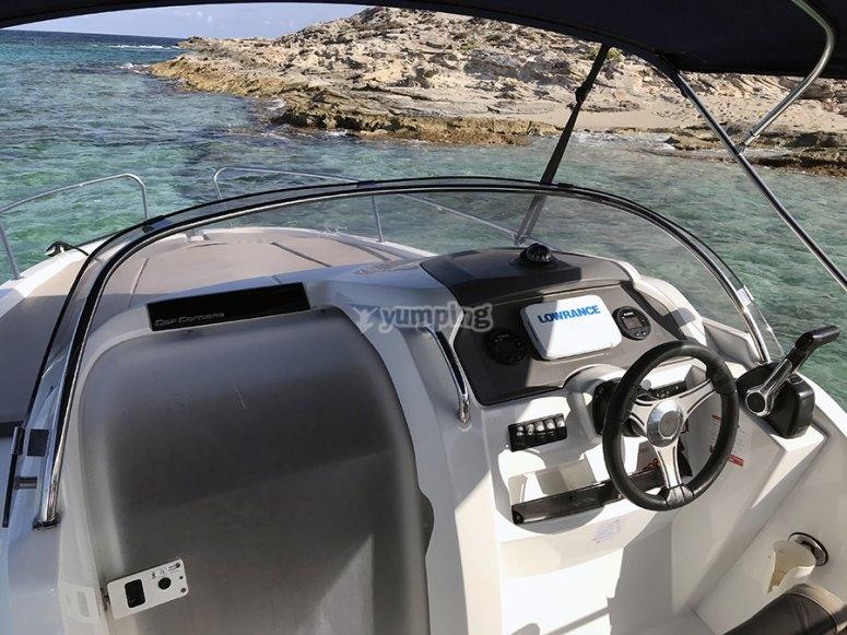 Cuadro de mando de barco