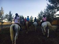 在Hinojosa del Duque骑马