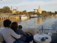 Crucero turístico privado por el Guadalquivir