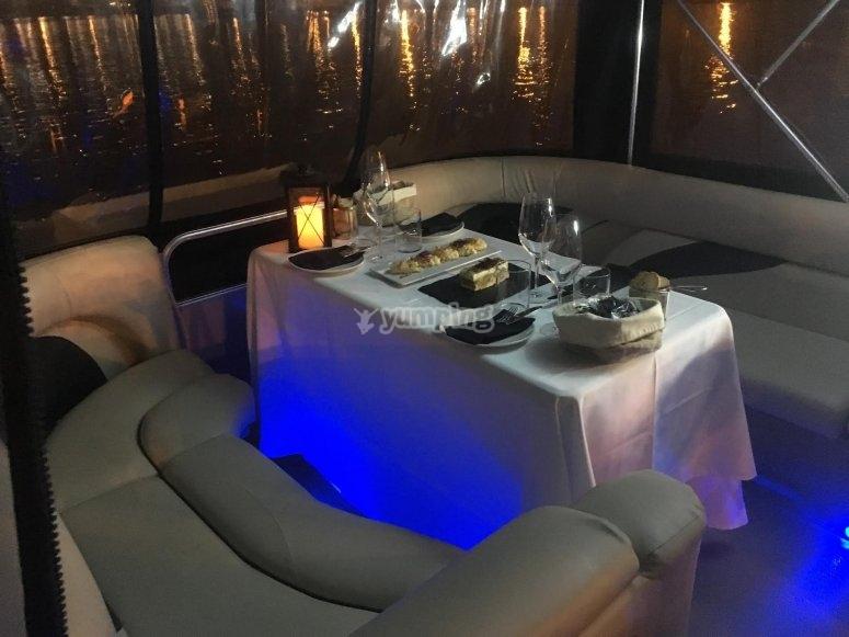 Gita in barca con cena