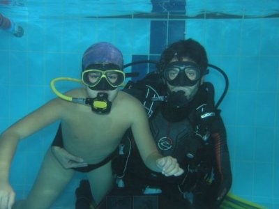 Bautismo de buceo en piscina en Cadiz