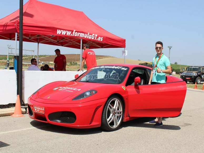 Pilotar un Ferrari