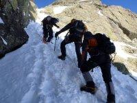 Mountain climbing courses
