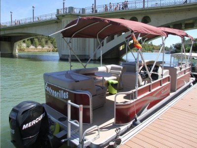 Private boat route at Sevilla + catering, 2h