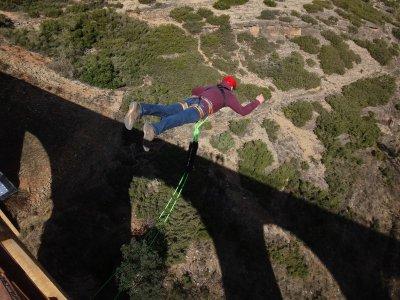 Bungee jumping ad Albentosa con video gratuiti