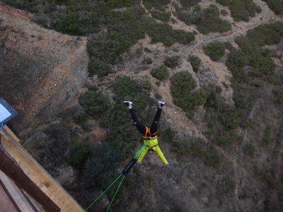 2 saltos de puenting en Albentosa con vídeo gratis