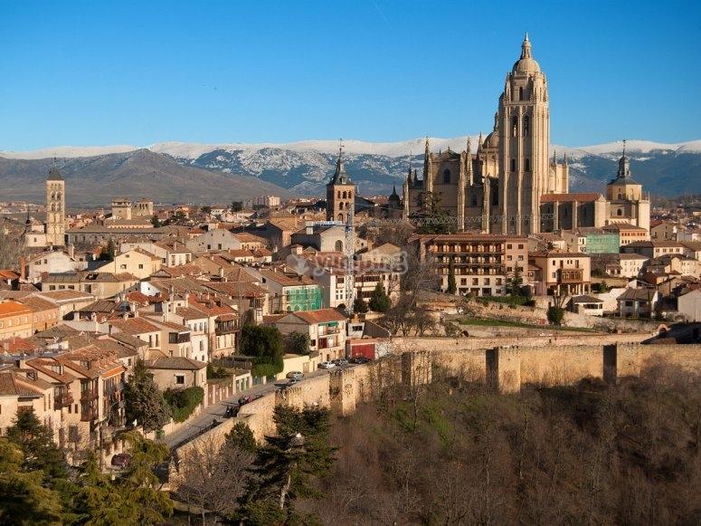Ven a conocer Segovia