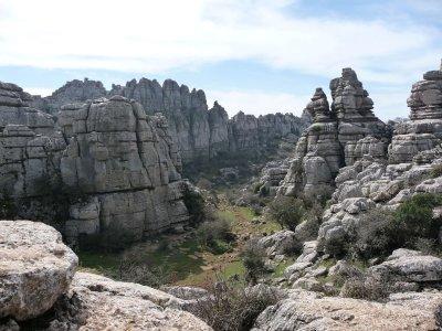 远足路线在Torcal de Antequera