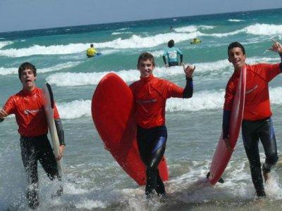 Calima Surf  & Kitesurf Lanzarote  Campamento de Surf