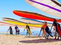 三角洲的海滩上享受飞行