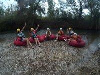 半天在图里亚河上的管道下降