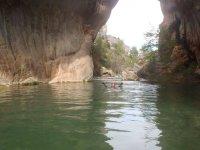 Flotando en el interior del barranco