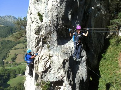 Via ferrata for schools Asón 2h